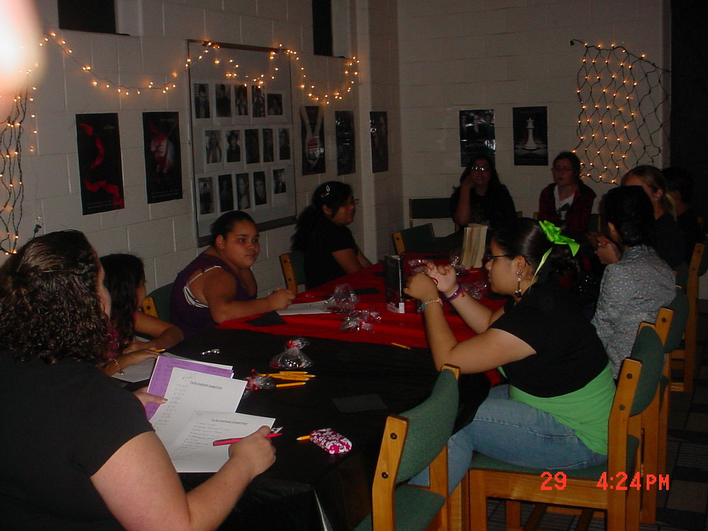Teen 2010 SRP, Total Eclipse Twilight.